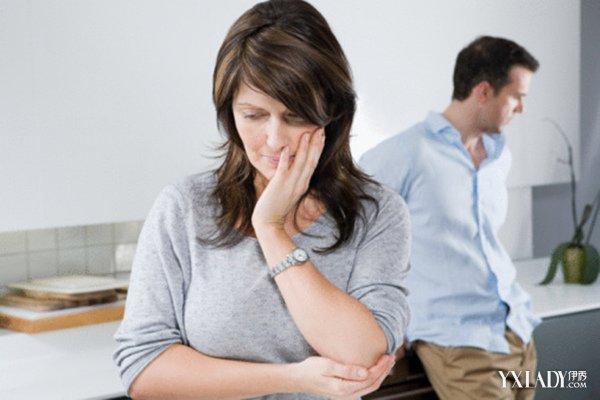 老婆出轨离婚后悲剧_离婚后出轨_老婆出轨我选择离婚后