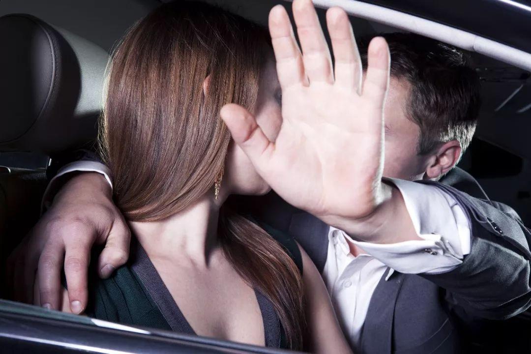 女方婚外情_男人。有婚外情伤害女方无罪吗