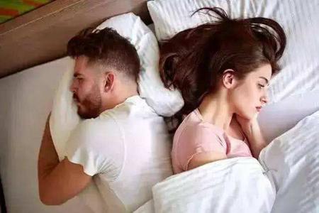 婚后出轨是比较严重的事情,是对情感最致死的叛变 第1张