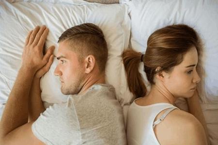 婚后出轨是比较严重的事情,是对情感最致死的叛变 第2张