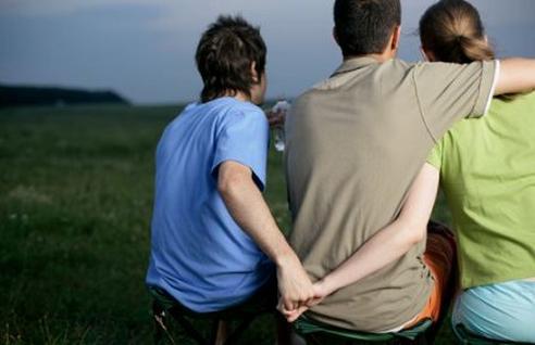 离婚 出轨 关于精神出轨离婚赔偿