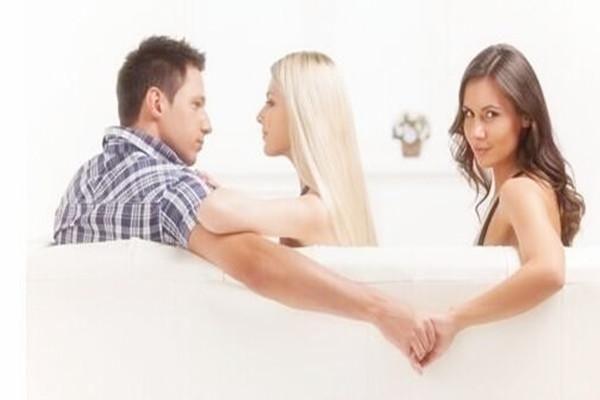 男人为什么都喜欢出轨_出轨男人为什么烦老婆_男人为什么出轨