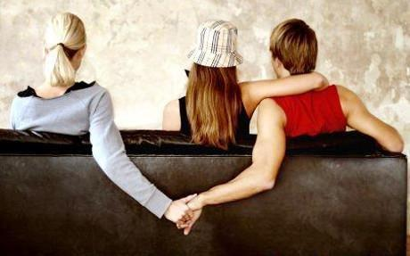 揭发婚外情