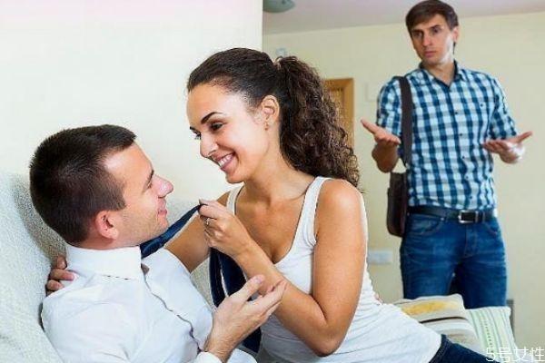 女人出轨离婚后后悔几率有多大 婚外情结婚的几率大不大