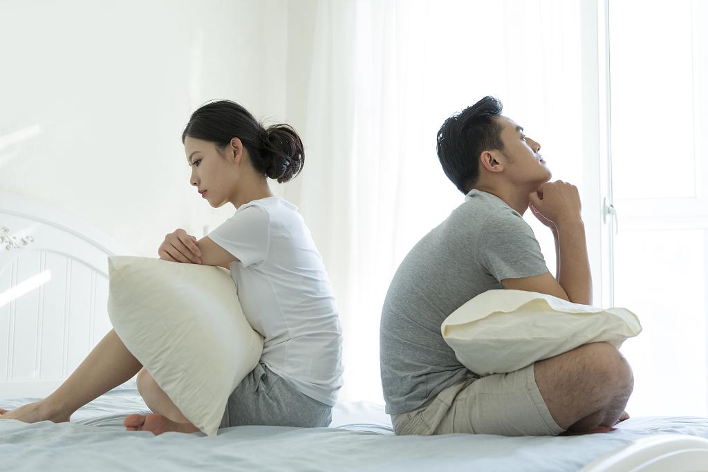 女人出轨后怎么挽回老公的心,才能重新获得他对你的信任?