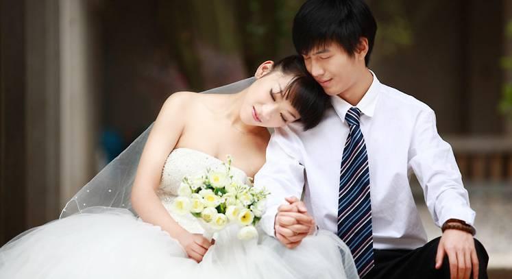 出轨后结婚_女人出轨后和情夫结婚